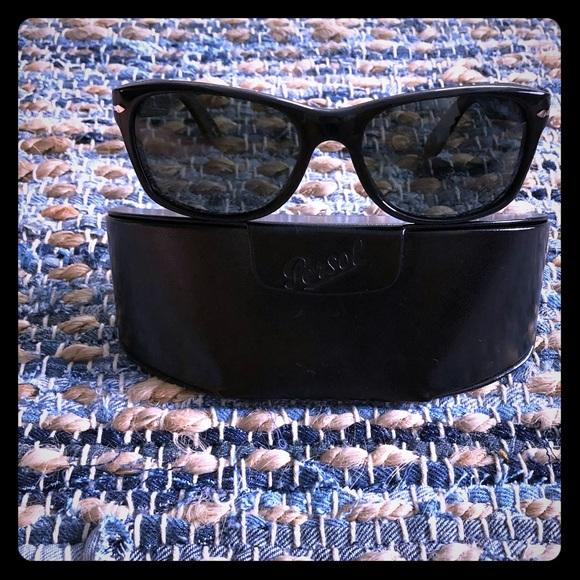 a0ff440e2 Persol Accessories | Polarized Black Wayfarer Like New | Poshmark